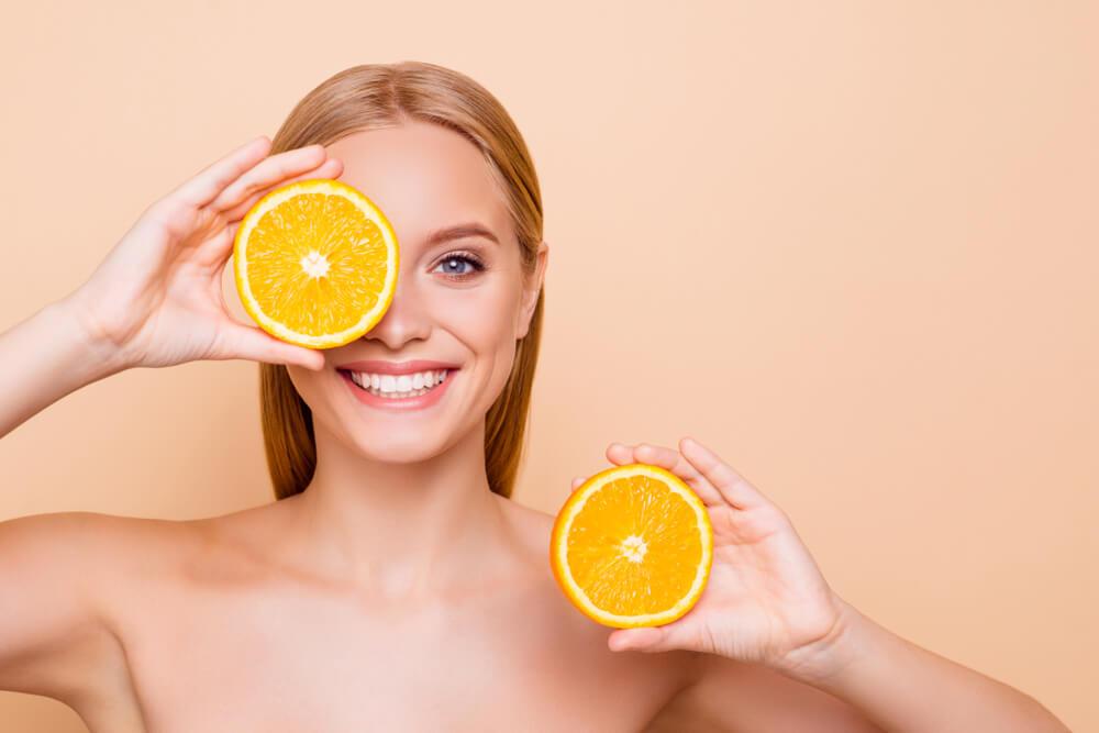 ビタミンCがニキビ跡に効果的といわれる理由