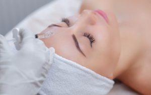 賢く選ぶエイジングケアのための美容医療
