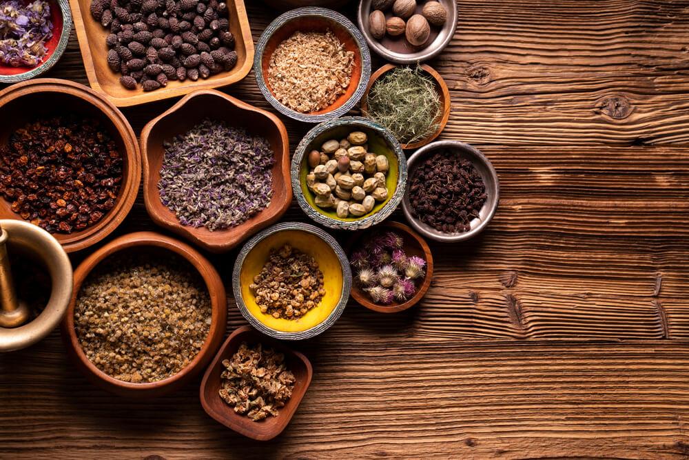 食事療法や運動療法の継続が大変と感じる人には、「漢方療法」という選択肢も