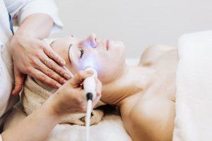 はじめての美容医療施術は何ですか?
